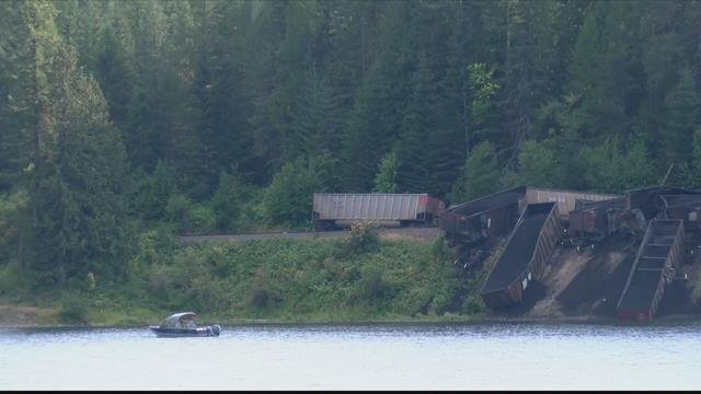 Approximately 30 cars carrying coal jumped the tracks late Sunday in northwest Montana. (MTN News photo)