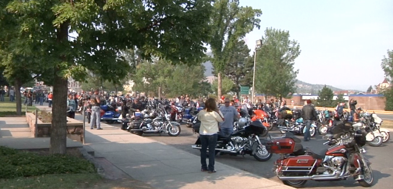 """The Ride to Rememberbegan with a prayer and the """"Star-Spangled Banner."""""""