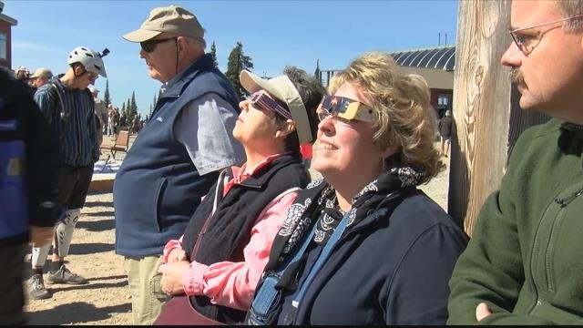 Hundreds headed up the mountain to check out Monday's histrionic event. (MTN News photo)