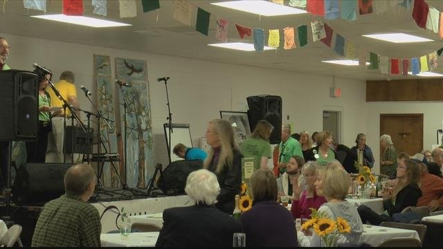 Hundreds of peoplegathered to celebratewith the Jeannette Rankin Peace Center on Sunday evening. (MTN News photo)
