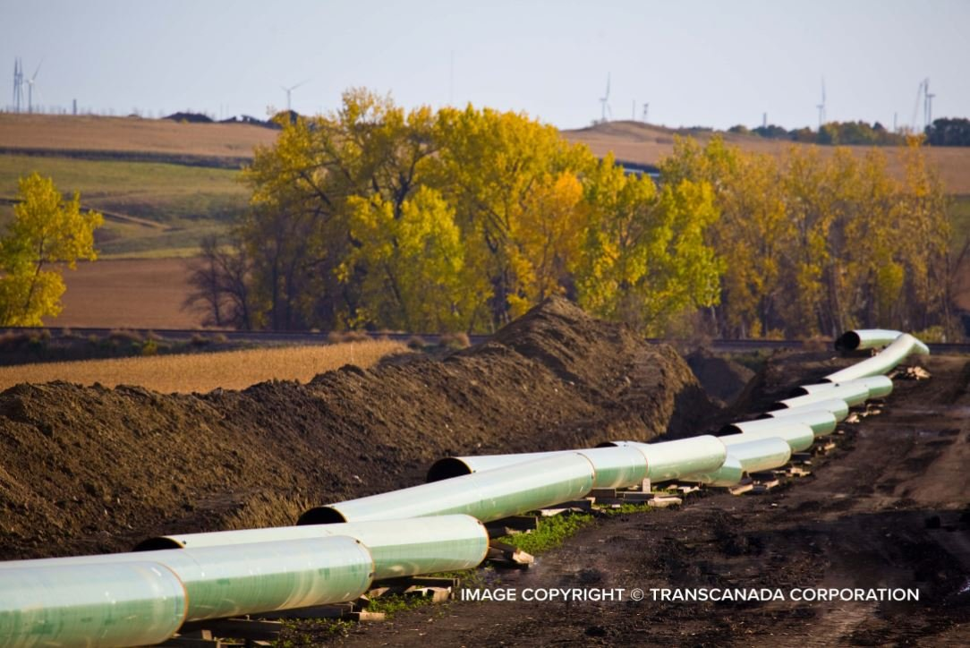 More than 200,000 gallons of oil leaked from the Keystone Pipeline in South Dakota Thursday.