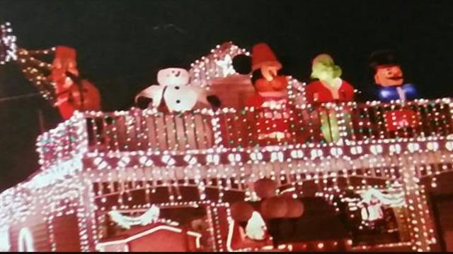 A street that is normally filled with people is quiet after a family has decided not to put out their annual Christmasdisplay. (MTN News photo)
