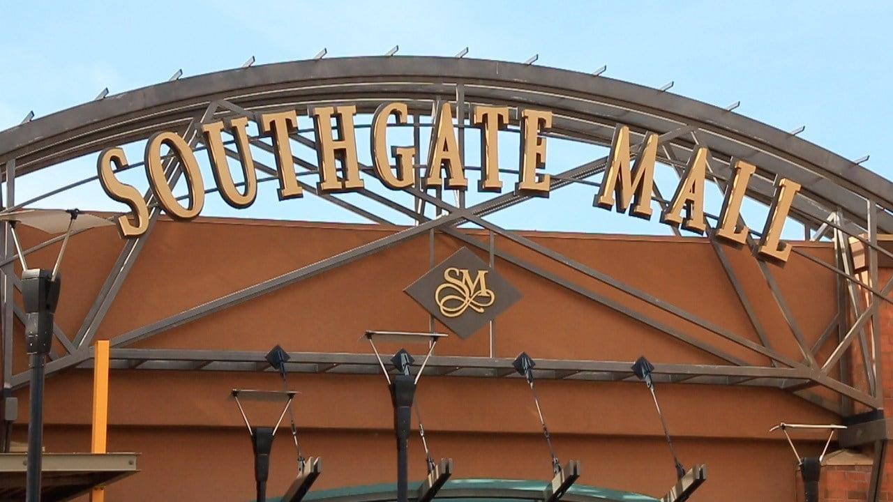Main entrance at Missoula's Southgate Mall