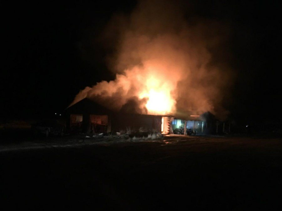 A man died in the blaze that broke out on Clay Lane late Saturday. (photo credit: Julie Williams)