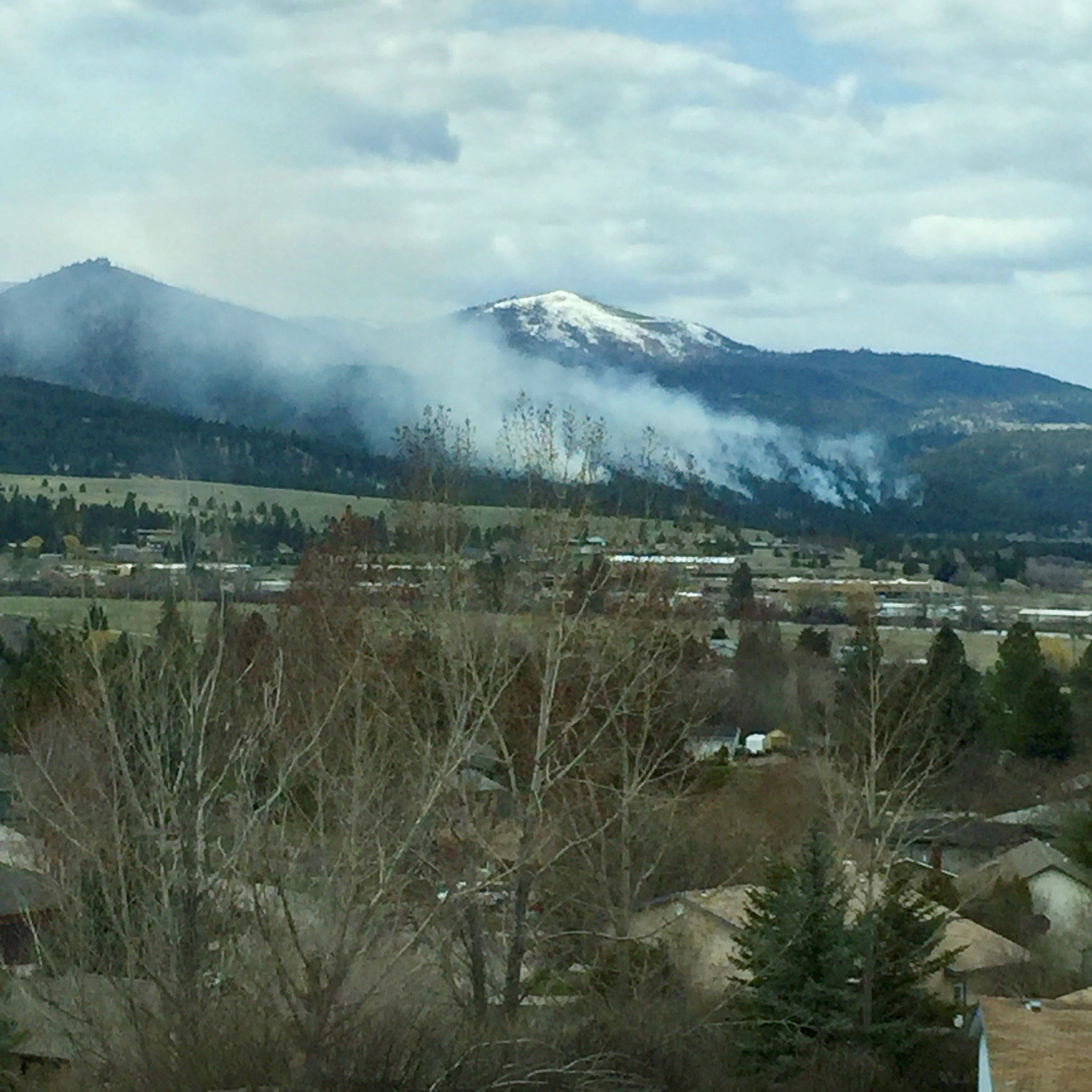 The prescribed burn in the Blue Mountain area on 4.23.18. (photo credit: Jonathan Rose)