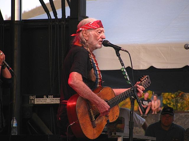 Music legend performed in Missoula Wednesday might (Dennis Bragg photo)