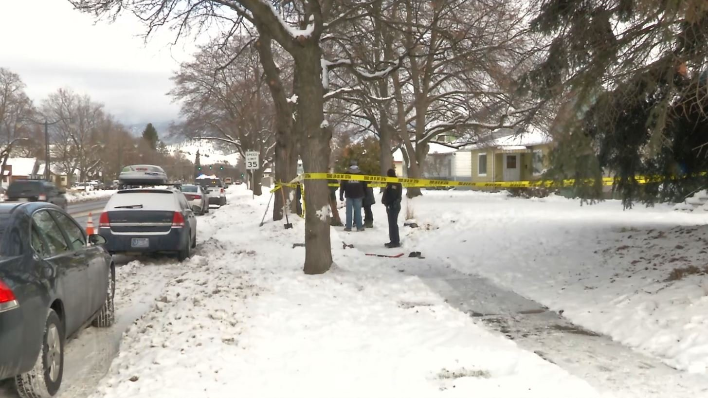 Stephens Avenue was shut down to one lane briefly around mid-day while police searched for evidence. (MTN News photo)