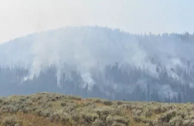 The Bacon Rind Fire continues to burn between Big Sky and West Yellowstone. (MTN News photo)